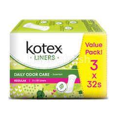 Kotex Fresh Liners Regular Daun Sirih Odor Care (32 Pieces x 2 Pack)
