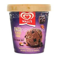 Wall's Choco Almond Fudge