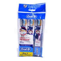 Oral-B Clinical Pro-Health Soft Toothbrush (3 Pieces)