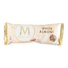 วอลล์  แม็กนั่ม ไอศกรีมกลิ่นวนิลาเคลือบไวท์ช็อกโกแลตและอัลมอนด์