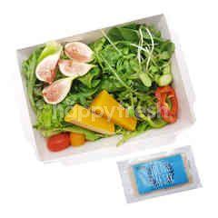 สวีท แอนด์ กรีน สลัดบ๊อกซ์ผักรวมและผลไม้ พร้อมน้ำสลัด Julius Caesar