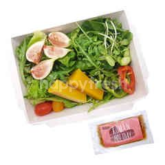 สวีท แอนด์ กรีน สลัดบ๊อกซ์ผักรวมและผลไม้ พร้อมน้ำสลัด Roman Holiday