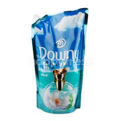 ดาวน์นี่ พรี่เมี่ยม น้ำยาปรับผ้านุ่ม พาร์ฟูม อควา โอเชี่ยน ชนิดเติม 1.3 ลิตร