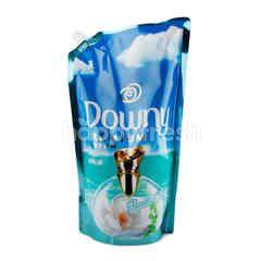 Downy Premium Parfum Aqua Ocean Concentrate Fabric Softener Refill 1.3 L
