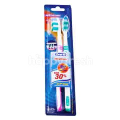 Oral-B Classic Ultra Clean Soft Toothbrush