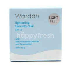 Wardah Lightening Two Way Cake SPF 15 Shade 01 Light Beige Refill