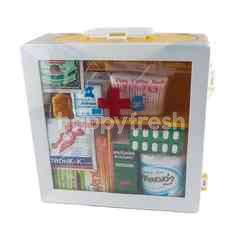 Cheaw Chan Medicine Cabinet & First Aid Set