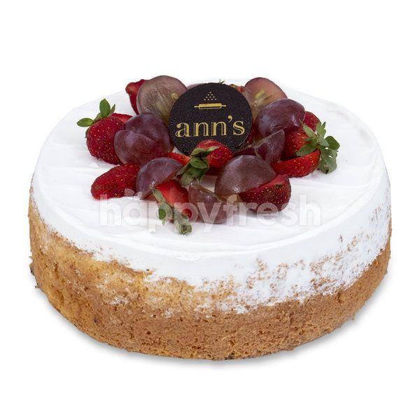 Ann's Bakehouse Tres Leches Cake Round 20