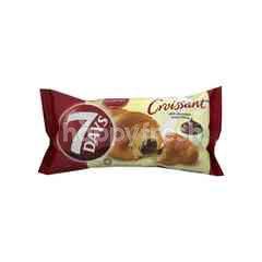 Munchy's 7 Days Chocolate Cream Croissant