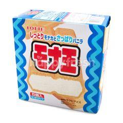 ล็อตเต้ ไอศกรีมดัดแปลงกลิ่นวานิลลา ประกบด้วยวาฟเฟิล