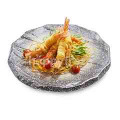 You Hunt We Cook Goong Sarong (Deep-Fried Prawns Rolled with Yellow Noodles)