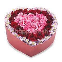 Citra Florist Fresh Flowerbox Love Red Roses & Pikok Red