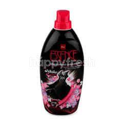 Essence Liquid Detergent For Black & Dark Fabric