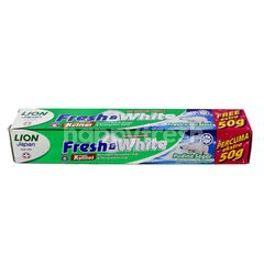 Lion  Japan Fresh & White Fresh Cool Mint With Xylitol Free Extra 50g