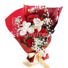 Emme Florist Lovers Glance