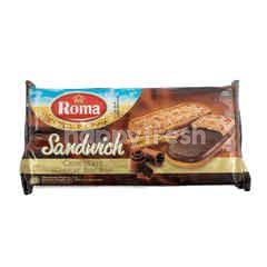 ROMA Biskuit Sandwich dengan Krim Cokelat