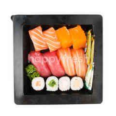 Gourmet Market Mixed Sushi