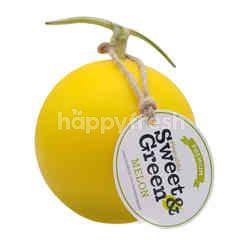 สวีท แอนด์ กรีน เมล่อนญี่ปุ่น เนื้อส้ม 1.5-1.6 กก.