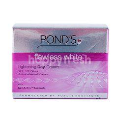 Pond's Flawless White Lightening SPF 18 PA++ Face Cream