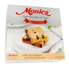 Monica Lapis Legit dengan Kismis
