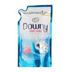 Downy Sunrise Fresh Clean Formula Liquid Detergent Refill 600 ml
