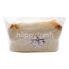 FUJI BAKERY Traditional Hailam Bread