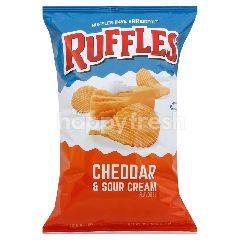 Ruffles Cheddar & Sour Cream Flavoured Potato Chips