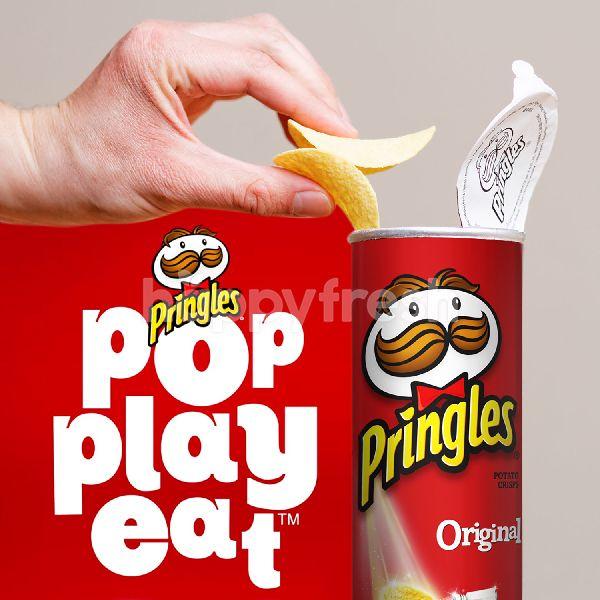 Product: Pringles Smoky BBQ Potato Chips - Image 2