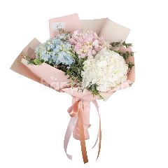 Heartis Bouquet Of Pastel Hydrangea