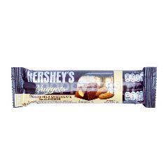 Hershey's Cokelat Susu Creamy dengan Almond