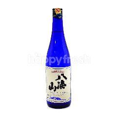 Hakkaisan Tokubetsu Junmai Sake