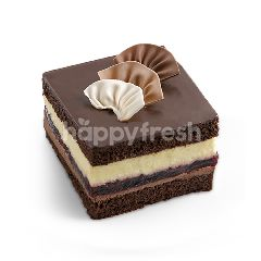 Triple Decker Cake (10x10)