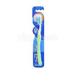 Oral-B Easy Clean Toothbrush