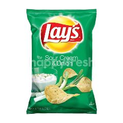 Lay's Sour Cream & Onion Flavour Potato Chips