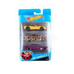 Hot Wheels Mainan Mobil 3 buah dalam 1 Kemasan