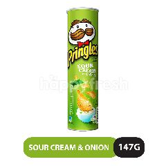 Pringles Sour Cream & Onion Flavour Potato Chips 147G
