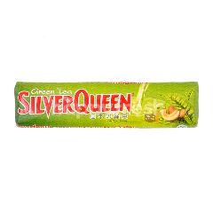 Silver Queen Cokelat & The Hijau Susu Batang dengan Kacang Mede
