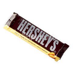 เฮอร์ชี่ส์ ช็อกโกแลตนมผสมอัลมอนด์