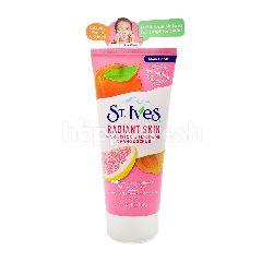 St. Ives Radiant Skin Pink Lemon & Mandarin Orange Scrub