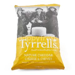 Tyrrells Mature Cheddar Cheese And Chives Crips