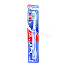 Oral-B 3 Way Clean Medium Toothbrush
