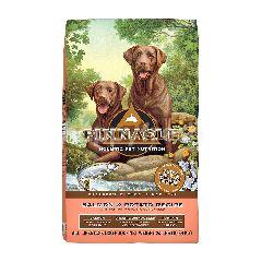 พินนาเคิล อาหารสุนัขชนิดเม็ด สูตรปลาแซลมอนและมันฝรั่งหวาน 1.8 กก.