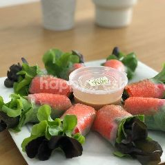 Fresh Deli Salad Roll With Crab Stick And Shrimp Roe