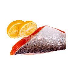 Fillet Ikan Salmon dengan Tulang