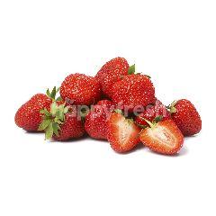 Yan's Fruits & Vegetables Stroberi