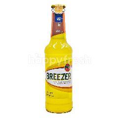 BREEZER Bacardi Breezer Pineapple Alcohol Mixed Drink