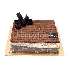 Clairmont Tiramisu Cake 15x15